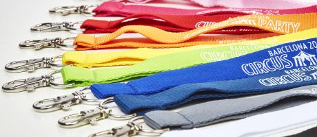Maximum visibility with your custom lanyards | Camaloon