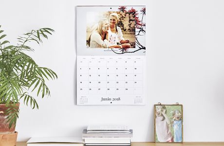 Personalise different calendars | Camaloon